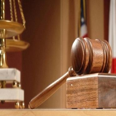 Khởi kiện yêu cầu Tòa án hủy quyết định thu hồi đất trái luật